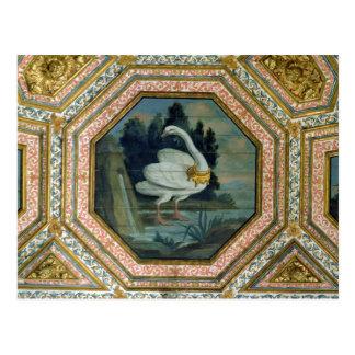 Detalle de la decoración del techo en el salón postal