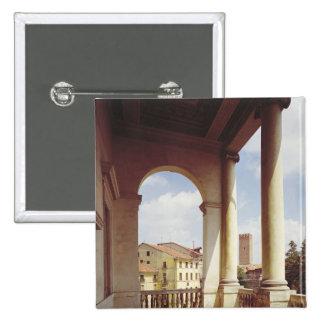 Detalle de la galería de la fachada principal, c.1 pin cuadrada 5 cm