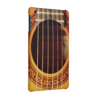 Detalle de la guitarra acústica