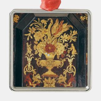 Detalle de la marquetería de una comida fría ornamento de reyes magos