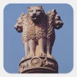 Detalle de un pilar de Ashoka Pegatina Cuadrada