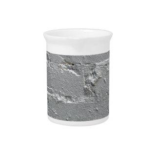 Detalle de un primer de la pared de ladrillo jarras de beber
