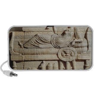Detalle de un sarcófago notebook altavoces