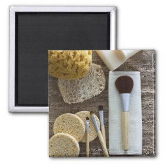 Detalle del balneario de esponjas y de cepillos iman de frigorífico