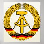 Detalle del escudo de armas de la Alemania Orienta Poster