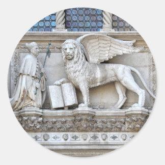 Detalles de San Marco de la plaza Pegatina Redonda