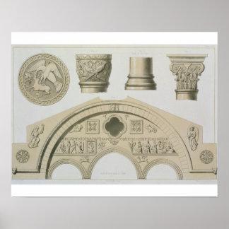 Detalles de un arco esculpido y columnas del St Poster