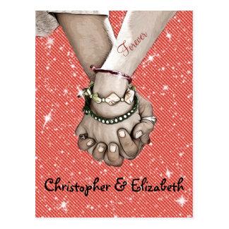 Deteniendo a amantes de las manos personalizados postales