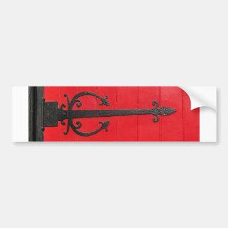 ¿Detrás de la puerta roja? Pegatina Para Auto