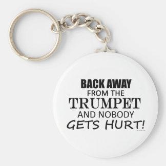 Detrás lejos de la trompeta llavero