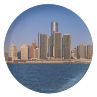 Detroit buildings on the water dinner plate