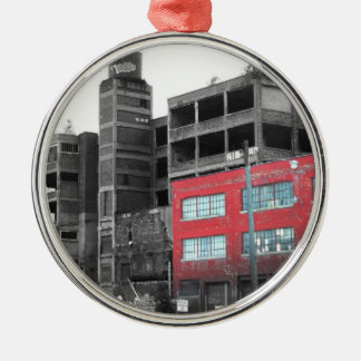 Detroit céntrica adorno redondo plateado