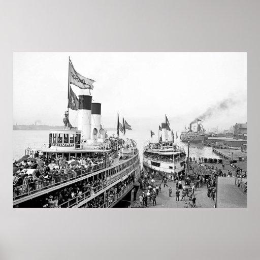 Detroit Excursion Steamers Poster