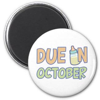 Deuda en octubre imán redondo 5 cm