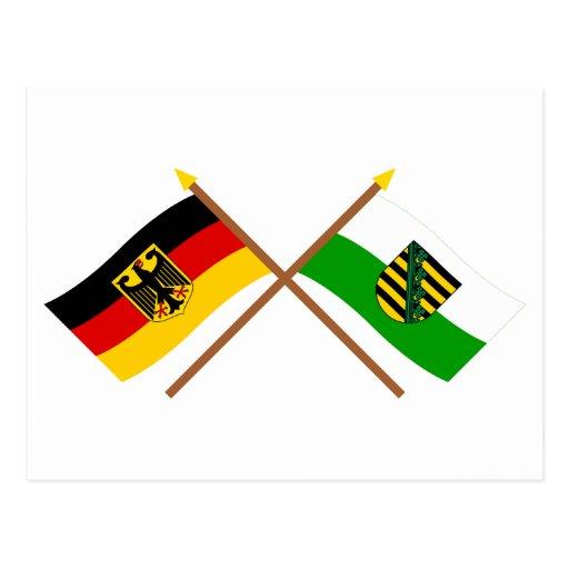 Deutschland und Sachsen Flaggen, gekreuzt Post Card