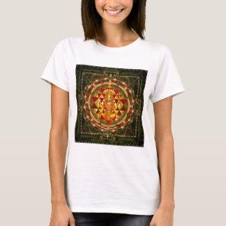Devi Lakshmi Stotram- Shri Yantra T-Shirt