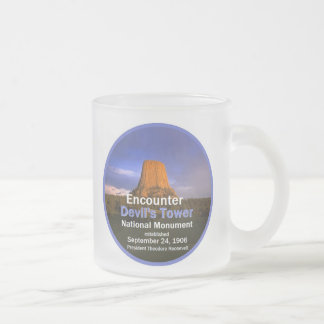 Devil's Tower WYOMING 10 Oz Frosted Glass Coffee Mug