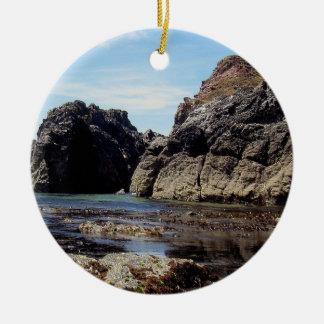 Devon del sur Prawle del este a la roca de Gara Adorno Navideño Redondo De Cerámica