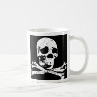 DGT SKULL CLASSIC WHITE COFFEE MUG