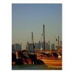 Dhows en el puerto no2 postal