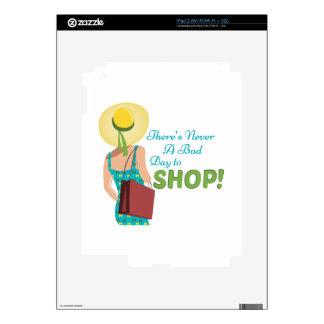 Día a hacer compras iPad 2 calcomanía