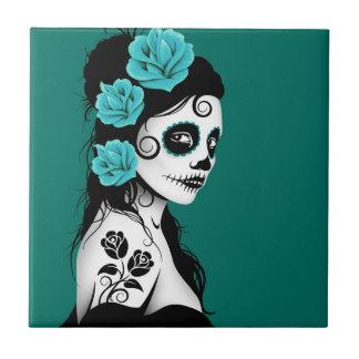 Día azul del trullo del chica muerto del cráneo de azulejo cuadrado pequeño