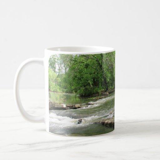 Día bonito taza básica blanca