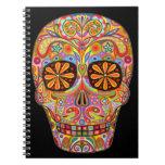 Día colorido del cuaderno muerto del cráneo del az