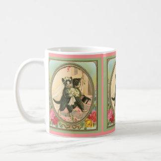 Día de boda de novia y del novio del gato taza de café