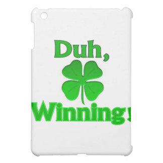 Día de Charlie Sheen St Patrick que gana