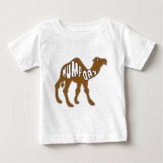 DÍA de CHEPA con el camello Playeras