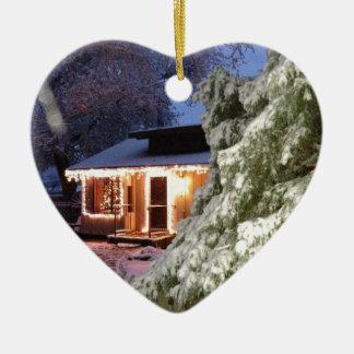 Día de fiesta de High Sierra Adorno De Cerámica En Forma De Corazón