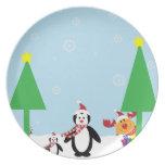 Día de fiesta del pingüino del invierno plato para fiesta