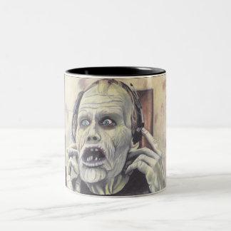 Día de Halloween de la taza muerta del zombi