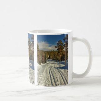 Día de invierno en Suecia Taza De Café