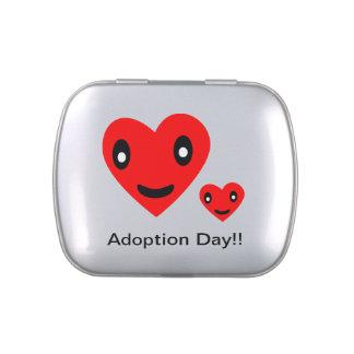 Día de la adopción latas de caramelos
