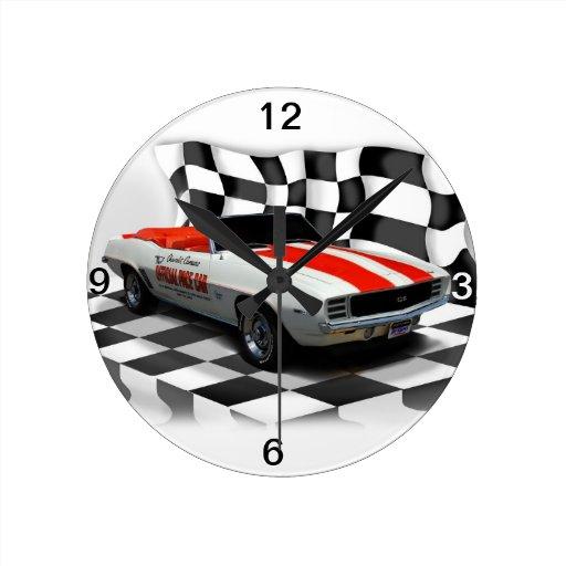 Día de la raza reloj