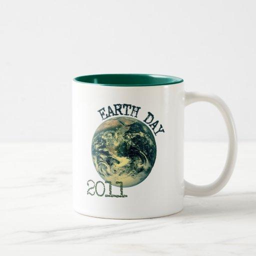 Día de la Tierra 2011 Taza Dos Tonos