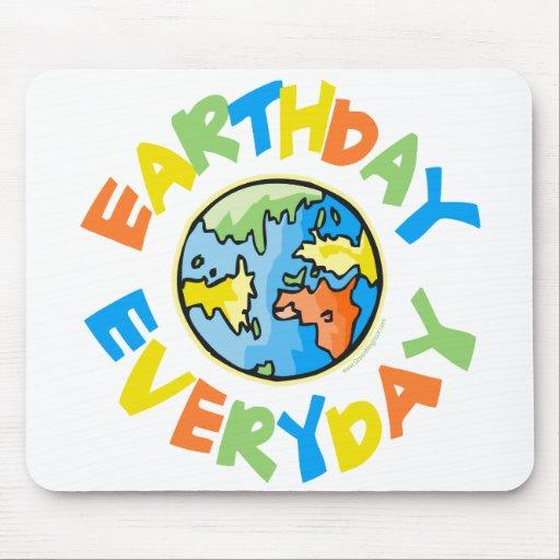 Día de la Tierra cada día Alfombrillas De Ratones