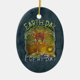 Día de la Tierra cada día personalizado Adorno Navideño Ovalado De Cerámica