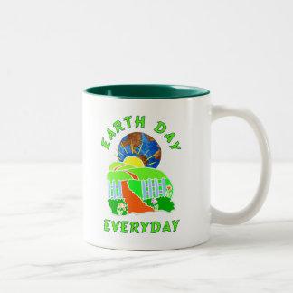 Día de la Tierra cada día Taza De Café