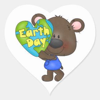 Día de la Tierra del oso Pegatina En Forma De Corazón