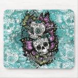 Día de los cráneos florales muertos de la mariposa alfombrillas de ratones