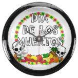 Dia De Los Muertos Circle con los cráneos Reloj Aqua Clock