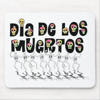 Dia De Los Muertos - Dancing Skeletons Mouse Pad