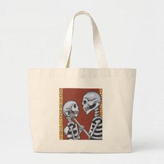 Dia de los muertos skeletons in love tote bag