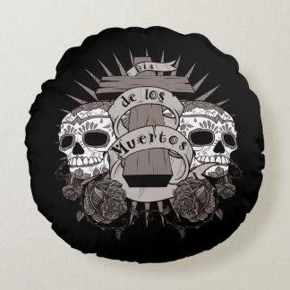 Dia De Los Muertos Sugar Skull Cross Roses Round Pillow