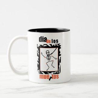 Día de los muertos taza de café de dos colores