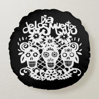 Dia de los Muertos White Paper Skulls Round Pillow