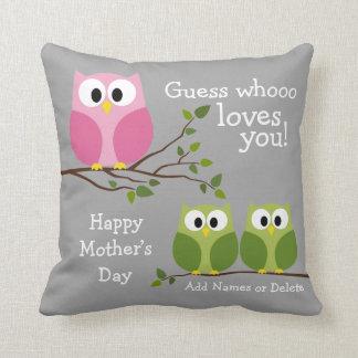 Día de madres - búhos lindos - Whooo le ama Cojines